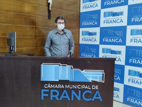 Presidente da Fundação Allan Kardec destaca na Câmara importância da parceria com o município